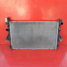 Радиатор охлаждения двигателя основной  Mercedes Vito 447 с 2015 года 1.6 Мерседес Вито W 447